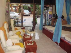 Everything about massage in Bangkok: how to choose a good shop and avoid an entertaining massage place